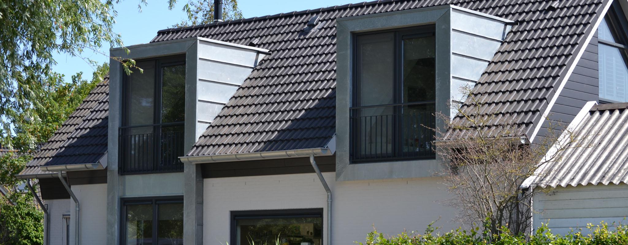 Aanbouw met bovenverdieping witmarsum - Oude huis gevel ...